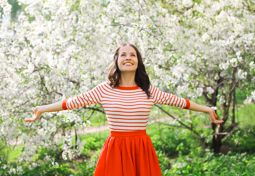 Spring into action. 7 ways to a flatter belly!